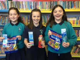 P7 Girls acheive their Accelerated Reading Target!