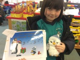 Smarties the Penguin goes home with the P1's