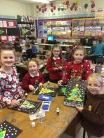 Primary Three Enjoy Christmas Dinner, Christmas Jumper Day and Christmas Art and Craft.