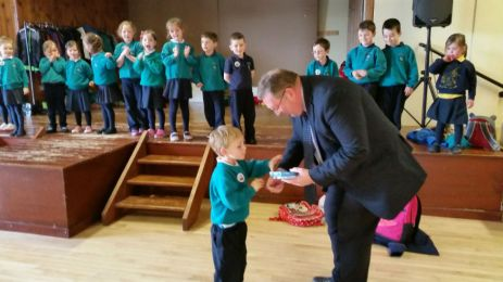 Mr Monaghan presented certificates to P1 and P2 students